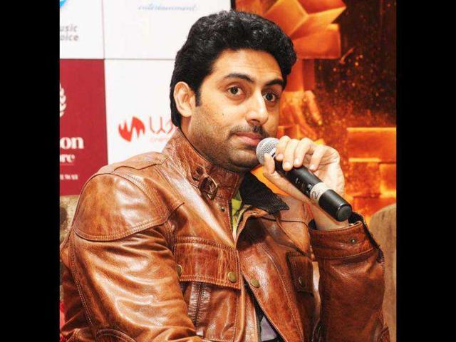 Abhishek Bachchan,Sonam Kapoor,Neil Nitin Mukesh