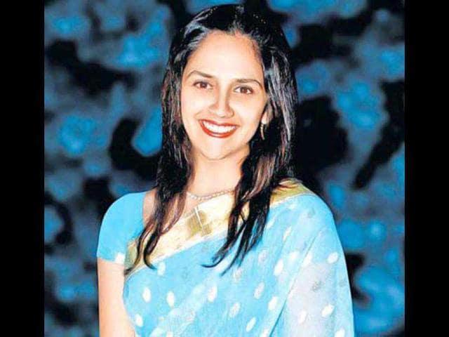Ahana Deol,Dharmendra,Hema Malini