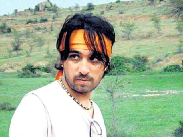 Siddhant-Kapoor-Shakti-Kapoor-s-son-Siddhanth-will-enter-the-B-Town-with-Sanjay-Gupta-s-Shootout-At-Wadala
