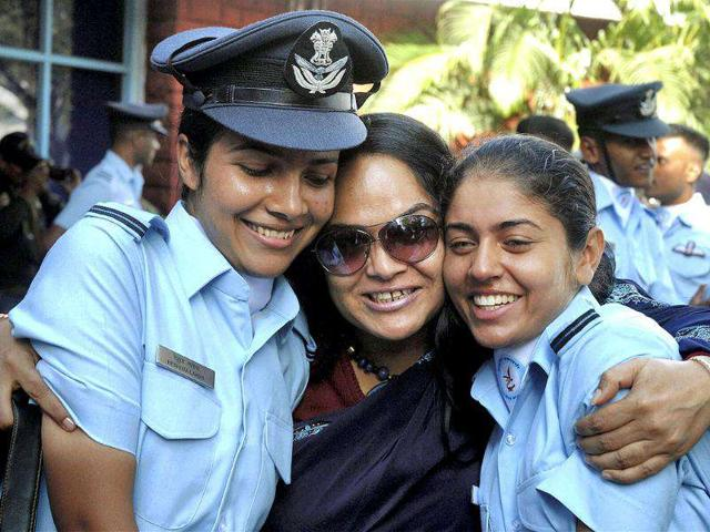 air force women officers,IAF female officers,Indian air force