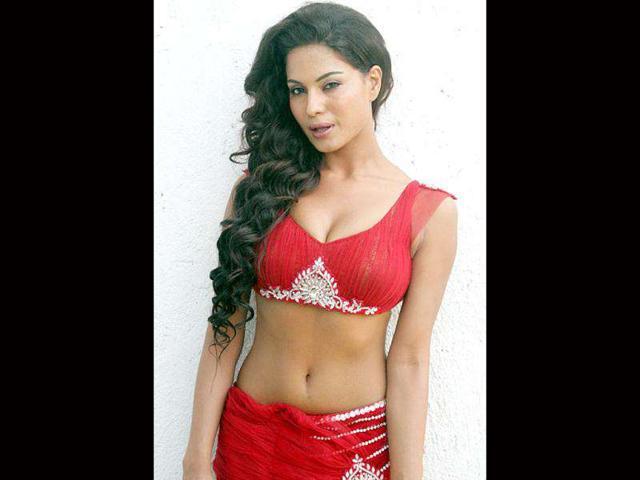 Veena Malik visited Ajmer Sharif dargah