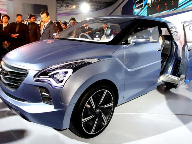 MD-amp-CEO-of-Hyundai-Motor-India-HW-Park-during-the-press-preview-launch-of-Hyundai-Hexa-space-concept-car-at-the-11th-Auto-Expo-2012-at-Pragati-Maidan-in-New-Delhi-HT-Photo-Raj-K-Raj