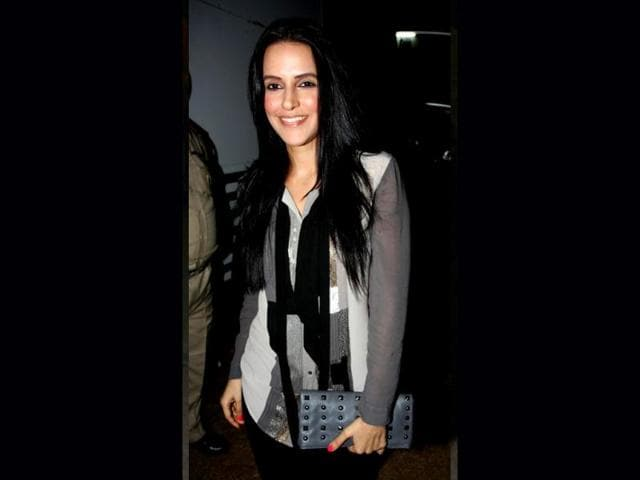 Neha-Dhupia-has-an-extra-glow-on-her-cheeks