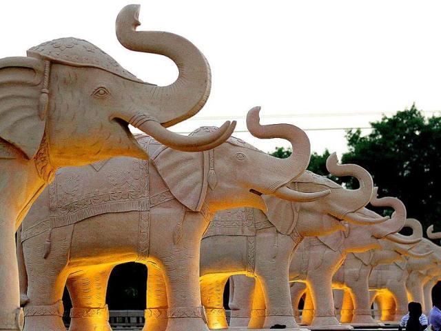 Mayawati,BSP,Ambedkar Park