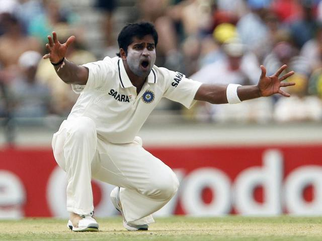 Tamil Nadu all out for 134 as Vinay Kumar takes 5/34
