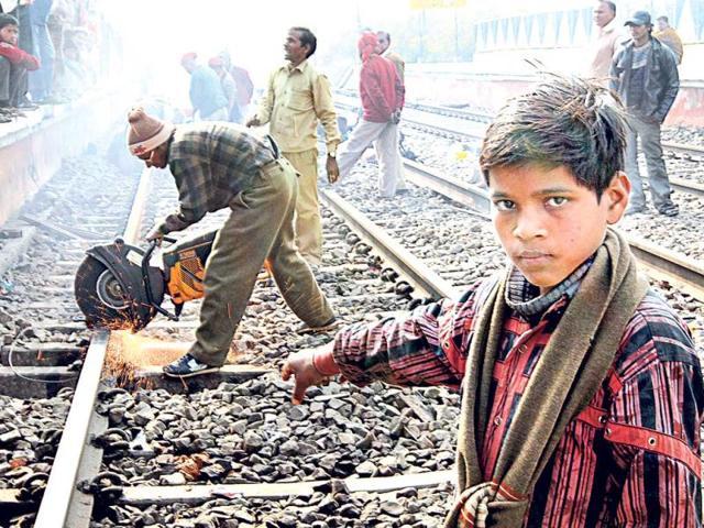 Patna-Delhi Rajdhani Express,train accident,preventing accidents