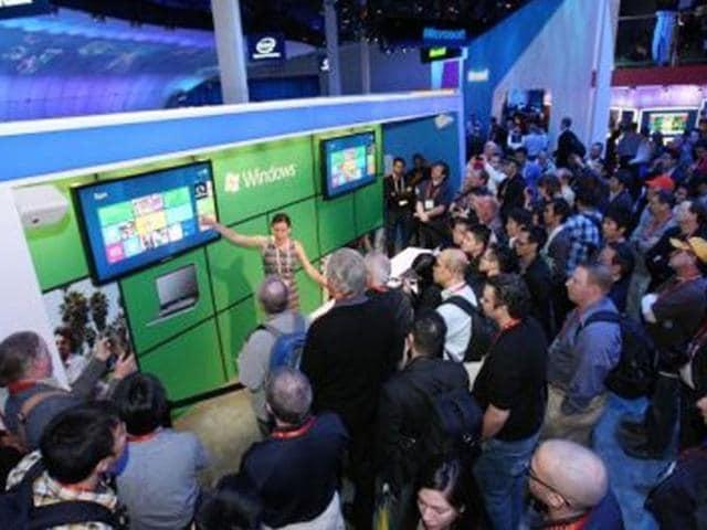 Microsoft-s-Alice-Steinglass-demos-Windows-8-at-CES