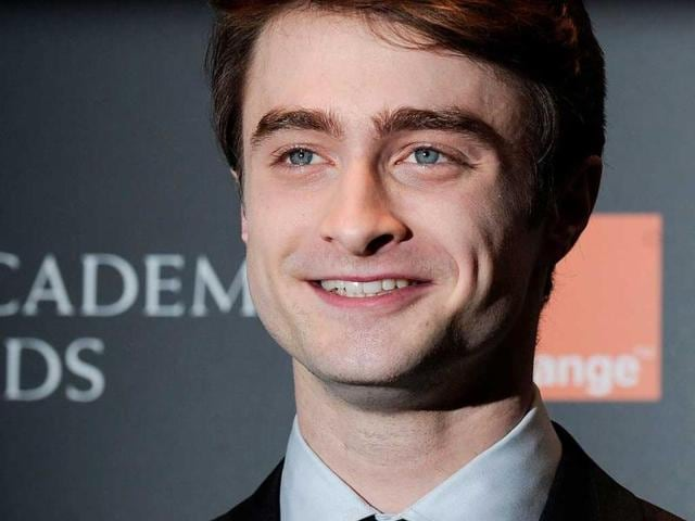 Harry-Potter-Daniel-Radcliffe-at-the-red-carpet-of-the-event
