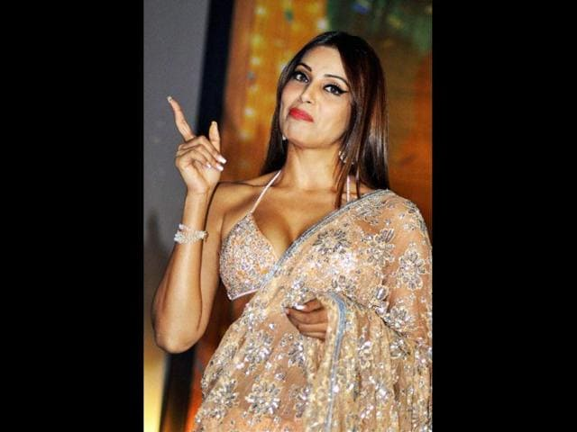 Bipasha-strikes-a-killer-pose-AFP