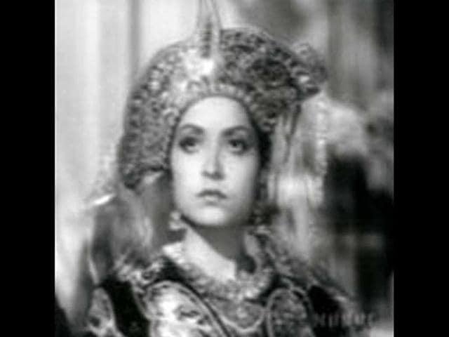 Salma Mumtaz,Neelofar,Maan Puttar
