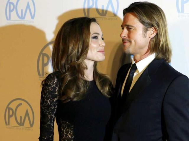 Hollywood-celebrity-couples-were-spotted-in-lovey-dovey-moments-during-the-18th-Annual-Screen-Actors-Guild-Awards-Perhaps-with-Valentine-s-coming-up-love-is-in-the-air