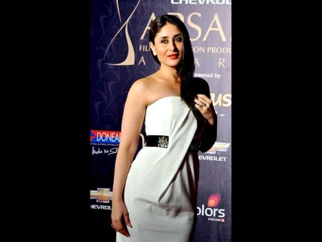 Kareena-Kapoor-looked-chic-in-a-white-pleated-dress