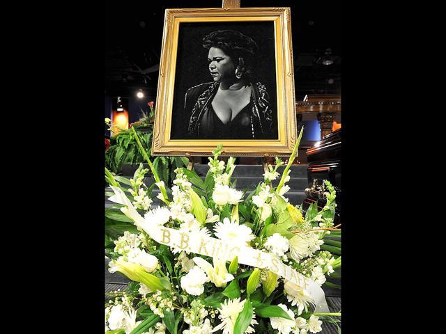 Adele,Whitney Houston,Grammy Awards