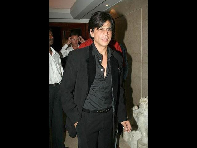 Shah Rukh pips Anna as top role model