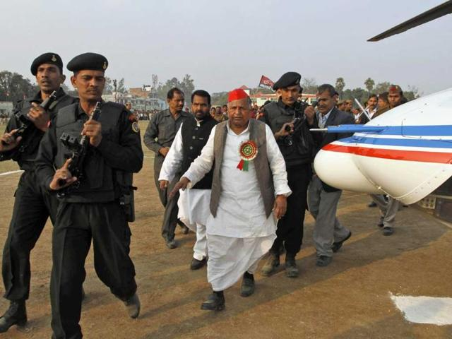Samajwadi-Party-leader-Mulayam-Singh-Yadav-addresses-an-election-rally-in-Allahabad-AP-Photo-Rajesh-Kumar-Singh