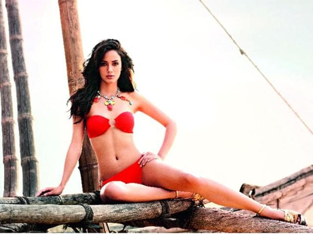 A-Kingfisher-calendar-girl-this-Indo-Icelandic-beauty-Angela-Jonsson-has-bagged-a-role-in-Salman-Khan-s-Kick-and-has-already-been-linked-up-with-actor-Ranbir-Kapoor