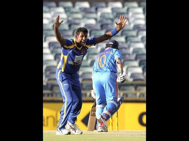 Angelo Mathews,Mahendra Singh Dhoni,ICC Champions Trophy