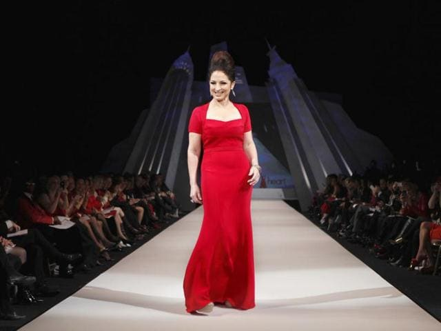 Singer-Gloria-Estefan-presents-a-dress-by-designer-Narciso-Rodriguez-for-the-Heart-Truth-s-Red-Dress-Fashion-Show-Reuters-Lucas-Jackson
