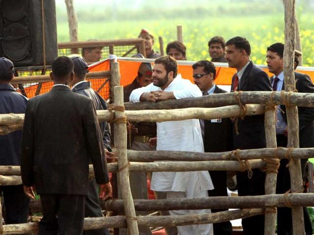 Rahul-Gandhi-talks-to-villagers-after-addressing-a-rally-at-Bakshi-ka-Talab-ground-in-Lucknow-HT-Subhankar-Chakraborty