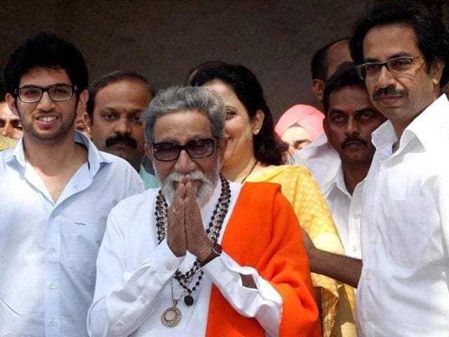 Shiv-Sena-supremo-Bal-Thackeray-along-with-son-Uddhav-and-grandson-Aditya-after-casting-votes-for-corporation-elections-in-Mumbai-PTI-Shashank-Parade