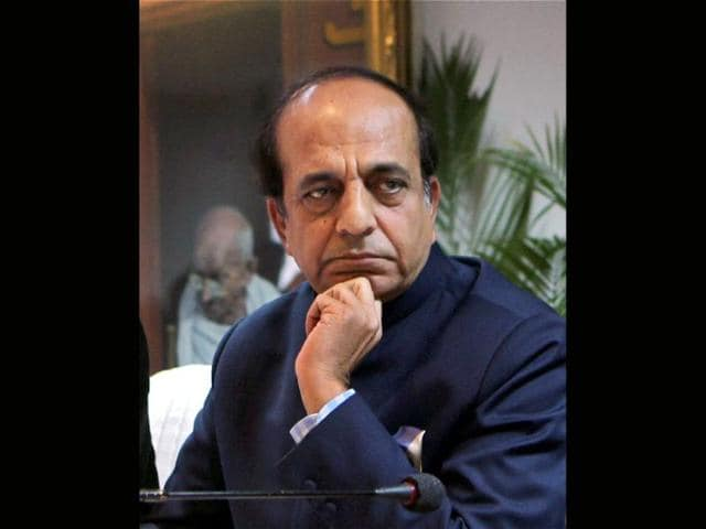 Dinesh-Trivedi-arrives-to-present-the-annual-budget-for-the-country-s-railway-system-at-the-parliament-in-New-Delhi-The-government-will-unveil-the-budget-for-the-Indian-Railways-on-Wednesday-REUTERS-B-Mathur