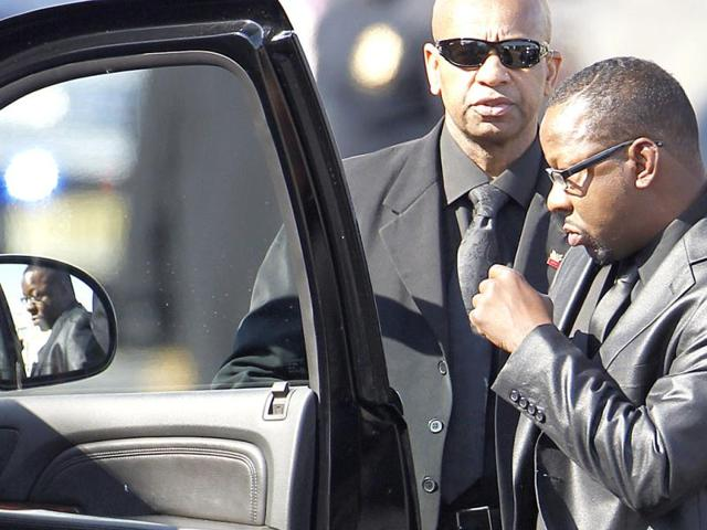 Bobby-Brown-leaves-the-funeral-service-of-ex-wife-pop-singer-Whitney-Houston-at-the-New-Hope-Baptist-Church-in-Newark-Reuters-Carlo-Allegri
