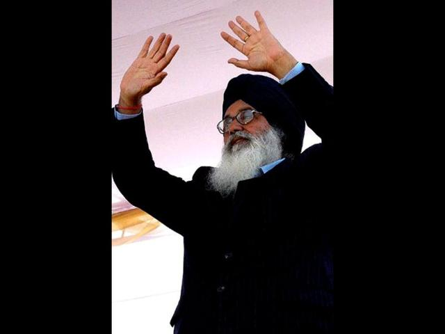 financial commissioner,development,chief minister Parkash Singh Badal
