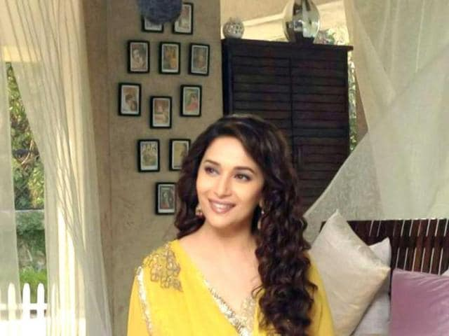After-flagging-off-the-year-on-a-high-note-with-the-announcement-of-her-wax-double-being-put-up-at-Madame-Tussauds-actor-Madhuri-Dixit-has-been-shooting-non-stop-for-promos-for-Life-Ok-channel