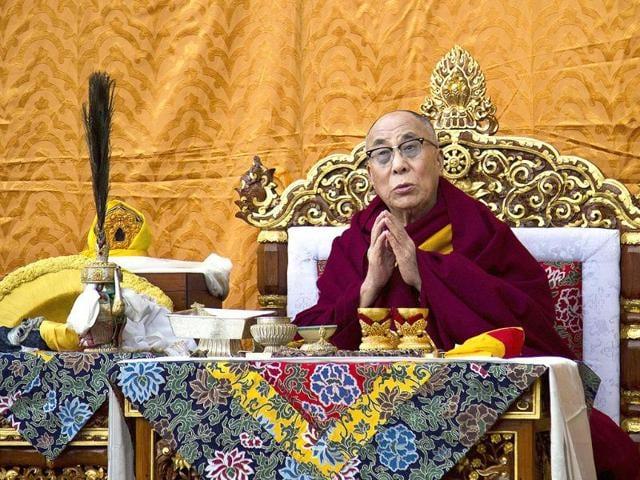 'Dalai Lama applauded monks self-immolations'