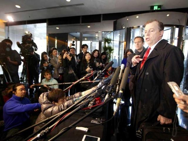 US-special-representative-for-North-Korea-Glyn-Davies-speaks-to-the-media-at-a-hotel-in-Beijing-Reuters-Jason-Lee