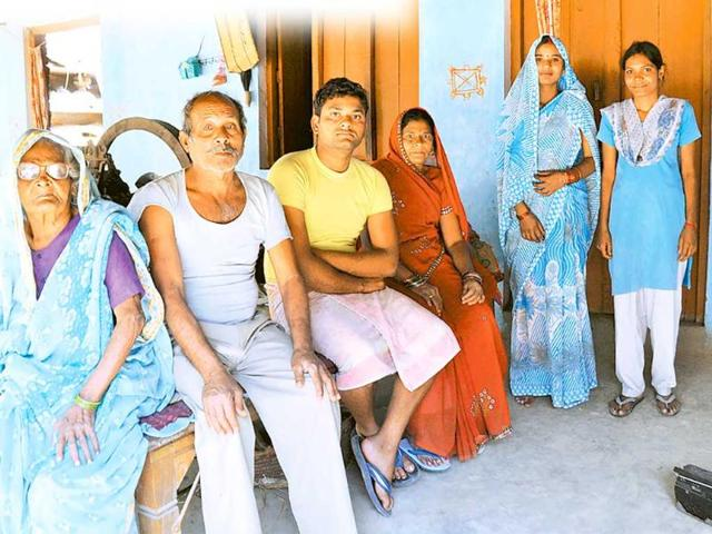 Only-the-lonely-The-Bhargava-family-of-Sehurua-village-Ashok-Dutta-HT-Photo
