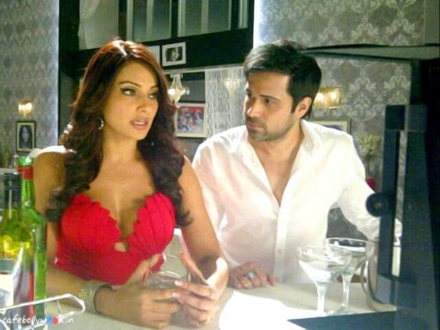 Emraan-Hashmi-and-Bipasha-Basu-will-take-horror-flick-Raaz-3-to-another-level-with-their-sizzling-chemistry-It-s-directed-by-Vikram-Bhatt-and-produced-by-Mahesh-and-Mukesh-Bhatt