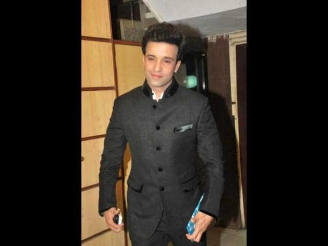 Aamir-Ali-is-busy-with-F-I-R-on-SAB-TV