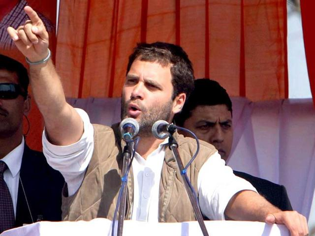 Rahul to give away papers to residents of resettlement areas