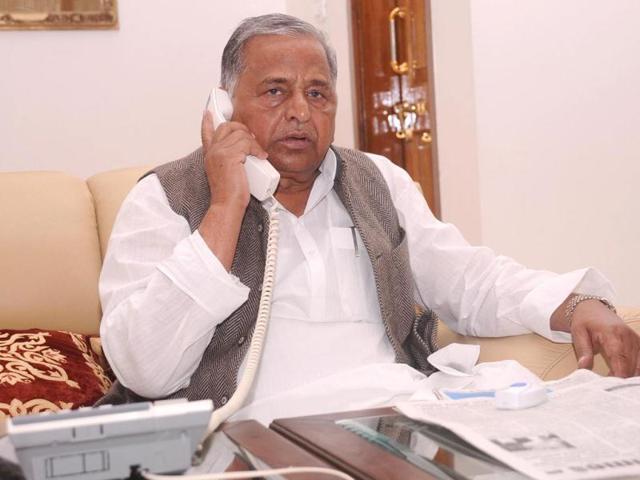 Samajwadi-Party-chief-Mulayam-Singh-Yadav-receives-a-phone-call-a-day-before-election-result-at-his-residence-HT-photo-Deepak-Gupta