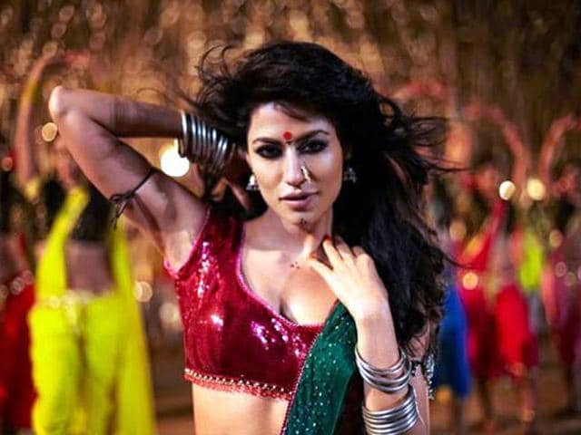 Chitrangada-Singh-s-Item-number-in-Akshay-Kumar-s-Joker-was-leaked-online-on-July-11-The-leaked-version-I-want-Fakhta-you-was-later-re-dubbed-and-the-lyrics-were-changed-to-I-Want-Just-You-before-its-official-release