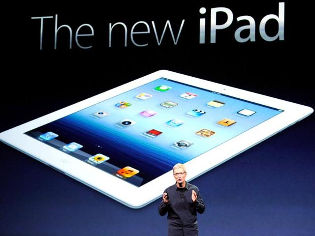 Apple-CEO-Tim-Cook-unveils-the-new-iPad-during-an-Apple-product-launch-event-at-Yerba-Buena-Center-for-the-Arts-in-San-Francisco-California-AFP