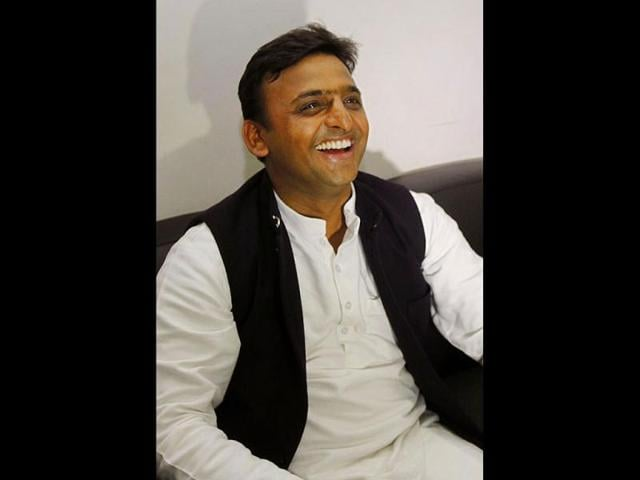 Akhilesh inducts 12 new ministers