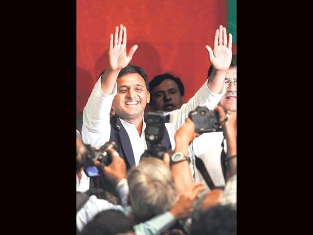 Uttar-Pradesh-chief-minister-Akhilesh-Yadav-arrives-to-attend-a-college-function-in-Gorakhpur-PTI-Photo