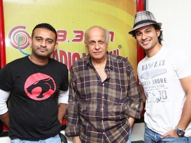 Mahesh-Bhatt-is-launching-another-director-Vishal-Mahadkar-with-Kunal-Khemu-starrer-Blood-Money