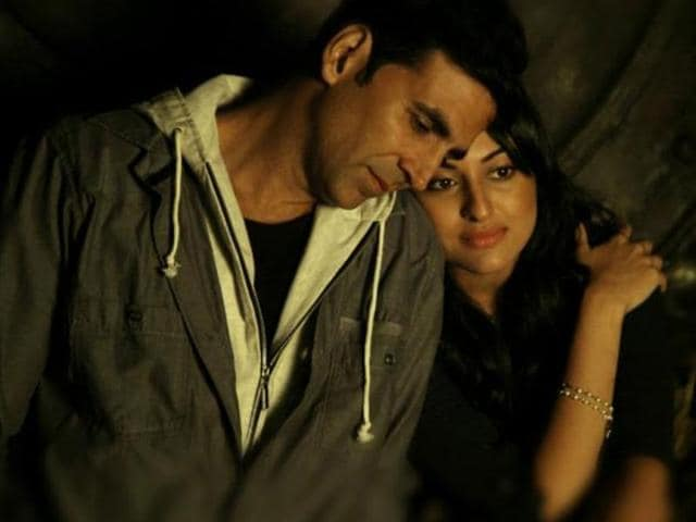 Akshay-Kumar-and-Sonakshi-Sinha-pair-up-for-the--second-time-in-Shirish-Kunder-s-Joker-Will-the-jodi-spin-the-silver-screen-magic