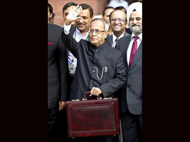 Pranab Mukherjee,budget,Lok Sabha