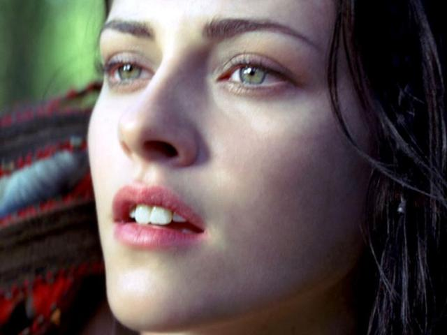 Grimm fairy tale,Snow White and the Huntsman,Kristen Stewart