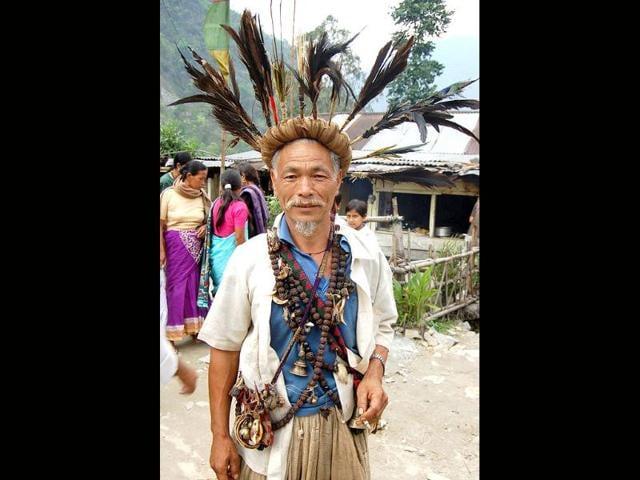 A-Shaman-from-the-Darjeeling-Hills-HT-Suman-Baraily