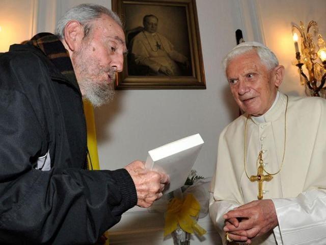 Pope-Benedict-XVI-R-with-Cuban-revolutionary-leader-Fidel-Castro-during-a-meeting-in-Havana-AFP-Cubadebate-Alex-Castro