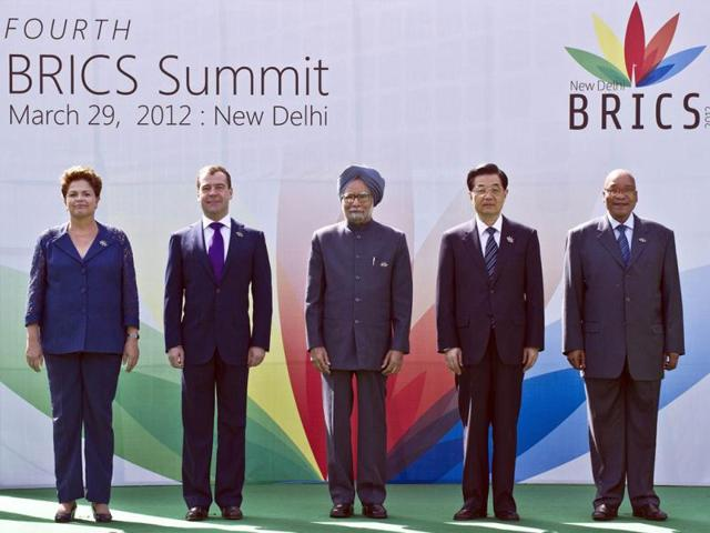 L-to-R-President-Dilma-Rousseff-of-Brazil-Russian-President-Dimitry-Medvedev-Indian-Prime-Minister-Manmohan-Singh-Chinese-President-Hu-Jintao-and-President-Jacob-Zuma-of-South-Africa-pose-prior-to-the-BRICS-summit-in-New-Delhi-AFP-Prakash-Singh