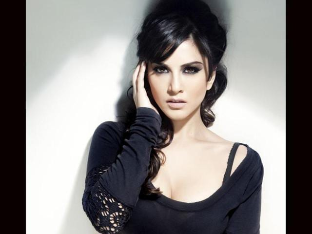 Porn star Sunny Leone is all set for her Bollywood debut in Pooja Bhatt