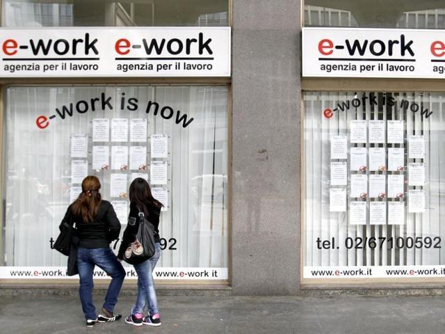 Manpower employment outlook survey,New Delhi,global economy