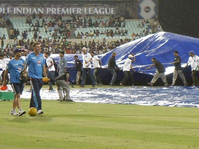 Rain-delayed-Kolkata-Knight-Riders-first-match-in-the-5th-edition-of-IPL-against-Delhi-Daredevils-at-Eden-Gardens-HT-Ashok-Nath-Dey