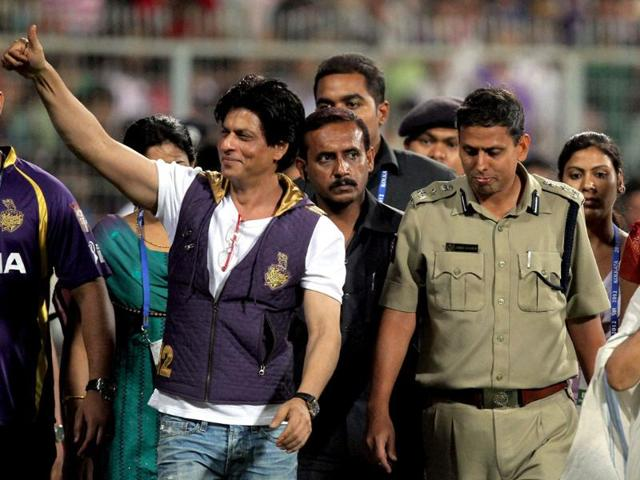 West Bengal chief minister Mamata Banerjee with Shah Rukh Khan during the IPL-5 match between KKR and Delhi Daredevils at Eden Gardens in Kolkata. KKR lost the match.